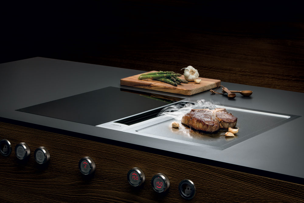 electrom nager cuisines thomas. Black Bedroom Furniture Sets. Home Design Ideas